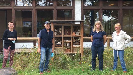 Unser Bienenhaus ist fertig!
